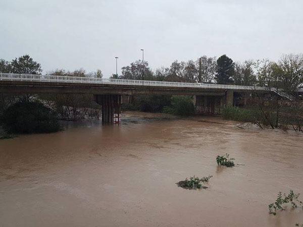 Segons l ajuntament d alzira s 39 espera pujada del riu x quer entre les 21 i les 24 hores - Librerias en alzira ...