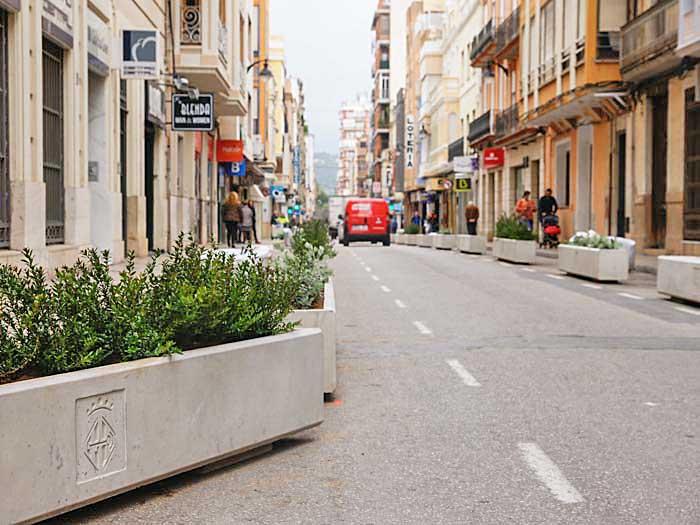 Un comentario destacado los comercios de la calle benito p rez gald s la otra cara de la - Librerias en alzira ...